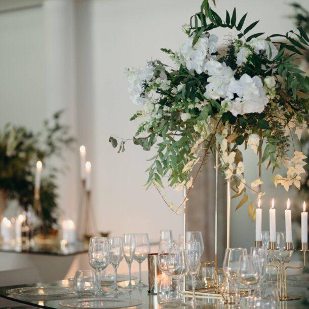 mesa bolo noivos contemporâneo decoraçao